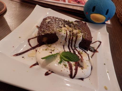ヘーゼルナッツのチョコレートブラウニー