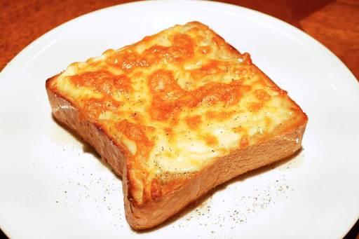 ハニーチーズペッパートースト